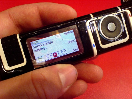 Nokia 7280 by Pål Berge via a CC BY 2.0