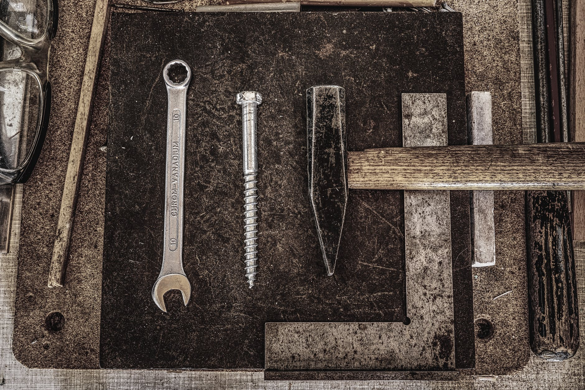 combination wrench screw bolt and pointed top hammer